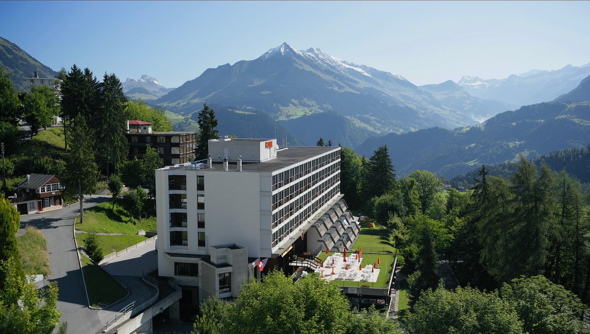 H tel central r sidence spa leysin suisse h tel for Central de reservation hotel
